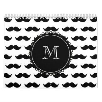 Modelo negro del bigote, su monograma calendario de pared