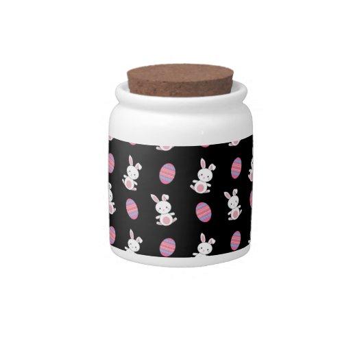 Modelo negro lindo de pascua del conejito del bebé platos para caramelos