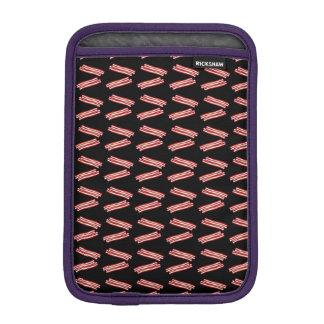 Modelo negro lindo del tocino funda iPad mini