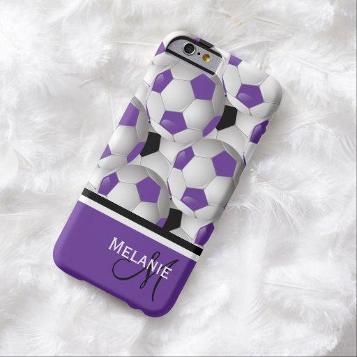 Modelo negro púrpura del balón de fútbol del funda de iPhone 6 barely there