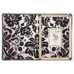 Modelo negro rosado bonito femenino del damasco de