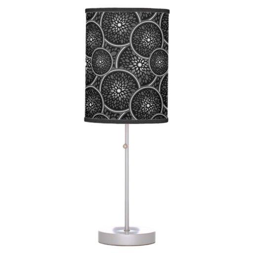 Modelo negro y de plata moderno del círculo lámpara de mesa