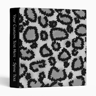 Modelo, negro y gris del estampado leopardo