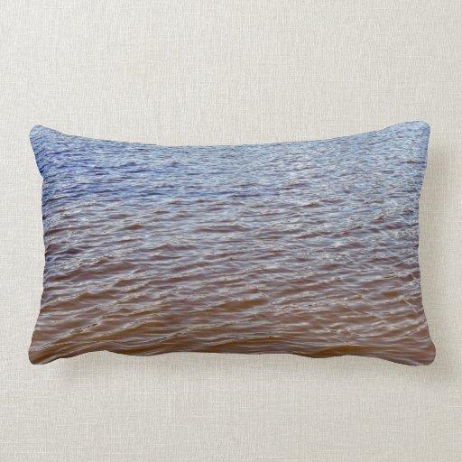 Modelo ondulado del agua almohada