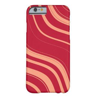 Modelo ondulado rojo y rosado de las rayas funda de iPhone 6 barely there