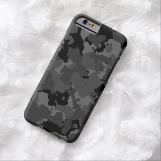 Modelo oscuro de Camo Funda De iPhone 6 Barely There
