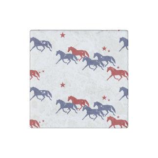 Modelo patriótico de los caballos que trotan imán de piedra