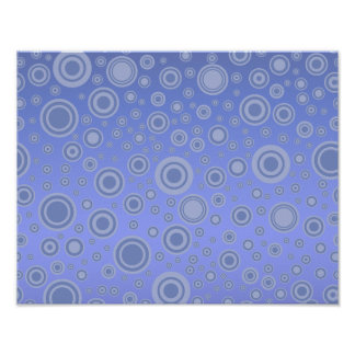 Modelo púrpura azul de los círculos concéntricos póster