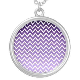 Modelo púrpura de Chevron del zigzag Colgante Redondo