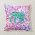 Modelo púrpura de la alheña del elefante tribal de almohada