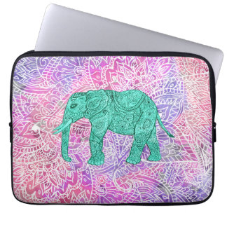 Modelo púrpura de la alheña del elefante tribal de funda computadora