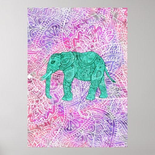 Modelo púrpura de la alheña del elefante tribal de impresiones