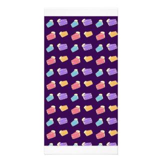 Modelo púrpura de la torta tarjeta personal con foto