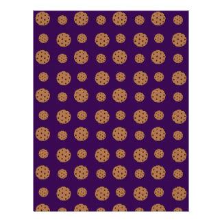 Modelo púrpura de las galletas de microprocesador membrete a diseño
