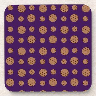 Modelo púrpura de las galletas de microprocesador  posavasos de bebida