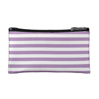 Modelo púrpura de las rayas de la violeta africana