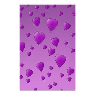 Modelo púrpura de los corazones del amor tarjetas publicitarias