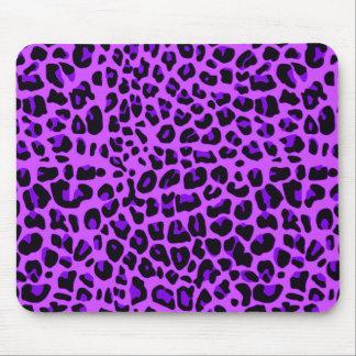 Modelo púrpura de neón del estampado leopardo alfombrillas de ratón