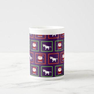 Modelo púrpura de Papá Noel de los unicornios Taza De Porcelana