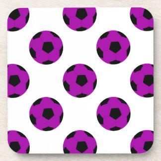 Modelo púrpura del balón de fútbol posavasos de bebidas