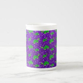 Modelo púrpura del brillo de la tortuga del añil taza de porcelana