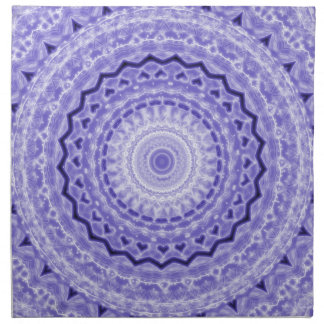 Modelo púrpura del caleidoscopio de la mandala de  servilleta imprimida