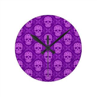 Modelo púrpura del cráneo del azúcar relojes