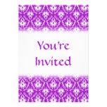 Modelo púrpura del damasco con blanco anuncio personalizado