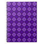 Modelo púrpura del diamante cuaderno