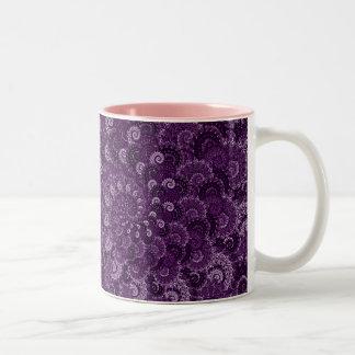 Modelo púrpura del fractal del remolino taza de dos tonos