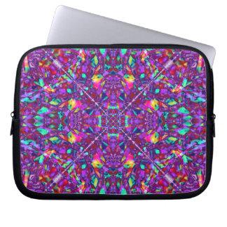 Modelo púrpura del Hippie de la mandala Fundas Computadoras
