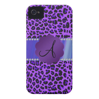 Modelo púrpura del leopardo del monograma Case-Mate iPhone 4 coberturas
