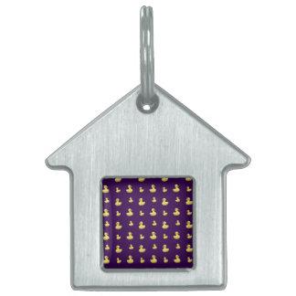 Modelo púrpura del pato placas mascota