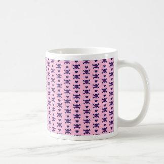 Modelo púrpura del punk rock de los cráneos del taza de café