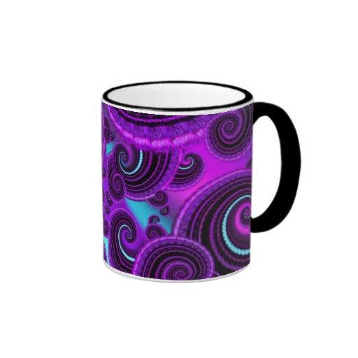 Modelo púrpura enrrollado del arte del fractal del tazas
