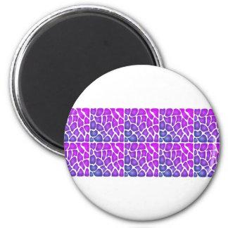 Modelo púrpura iman de nevera