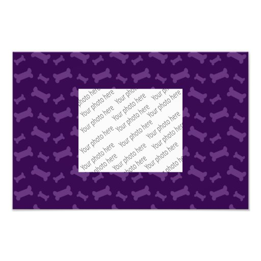 Modelo púrpura lindo de los huesos de perro arte con fotos