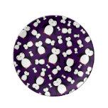 Modelo púrpura lindo del pingüino plato de cerámica