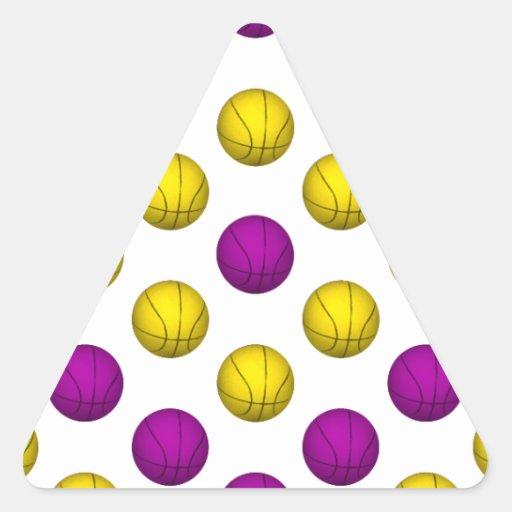 Modelo púrpura y amarillo del baloncesto pegatinas trianguladas personalizadas