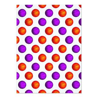 """Modelo púrpura y anaranjado del baloncesto invitación 5.5"""" x 7.5"""""""