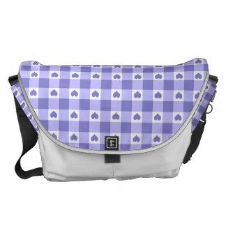 Modelo púrpura y blanco de los corazones del bolsas de mensajería