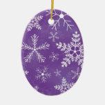 Modelo púrpura y blanco del copo de nieve adorno de reyes