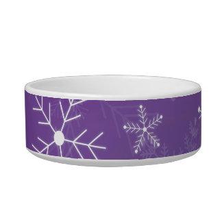 Modelo púrpura y blanco del copo de nieve tazon para gato