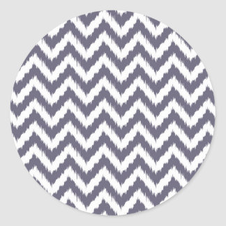 Modelo púrpura y blanco silenciado de Chevron Ikat Etiqueta Redonda