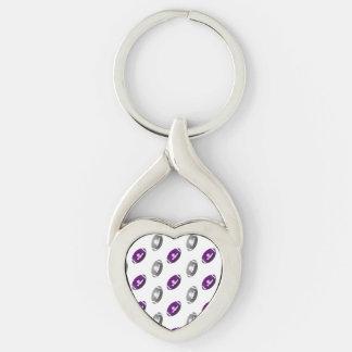 Modelo púrpura y de plata del fútbol llavero plateado en forma de corazón