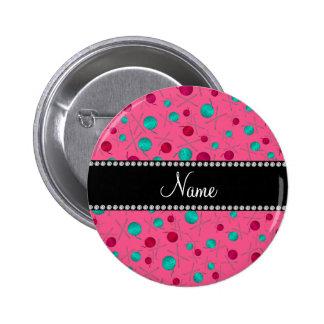 Modelo que hace punto rosado conocido personalizad pin