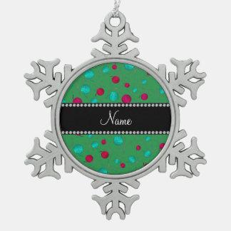 Modelo que hace punto verde conocido personalizado adorno de peltre en forma de copo de nieve