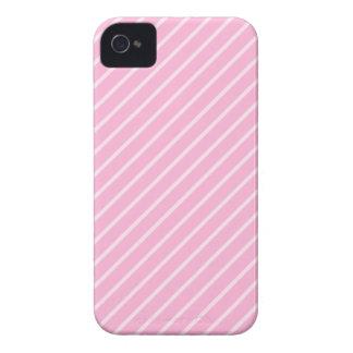 Modelo rayado diagonal rosado del caramelo iPhone 4 Case-Mate funda