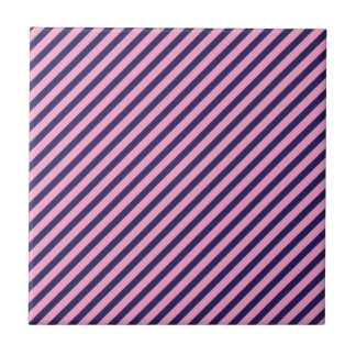 Modelo rayado diagonal rosado y púrpura femenino azulejo cuadrado pequeño
