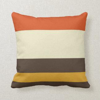 Modelo rayado poner crema amarillo gris anaranjado cojin